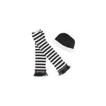 Black/White Beanie/Scarf Set